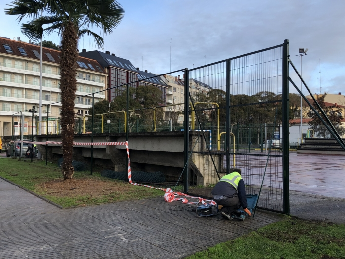 Sada acondiciona as instalacións deportivas municipais das parroquias