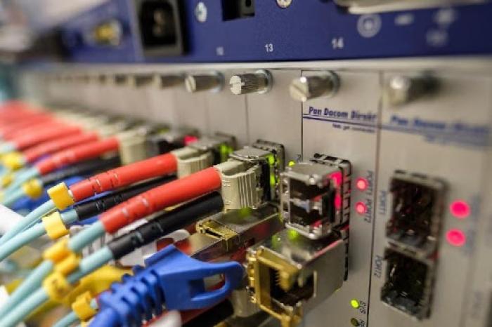 Sada reclama unha maior cobertura de fibra óptica