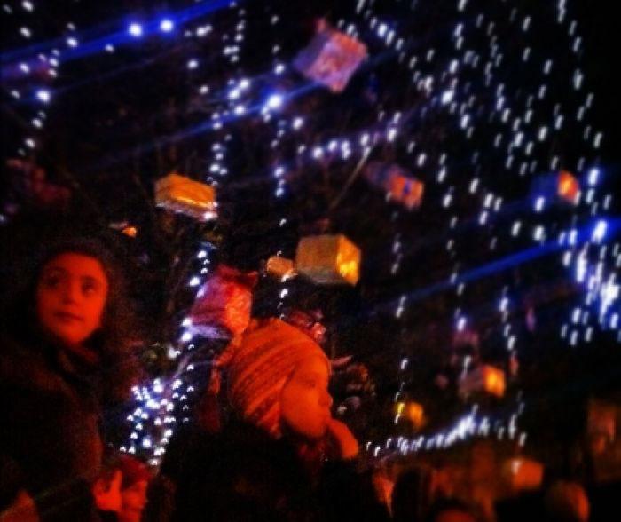 Unha familia de sada acenderá a iluminación de nadal
